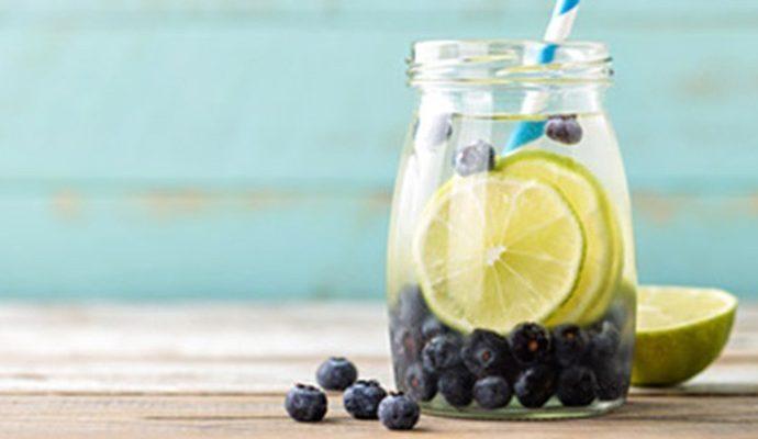 5 loại nước uống trái cây giúp da tươi sáng và ẩm mượt cho con gái