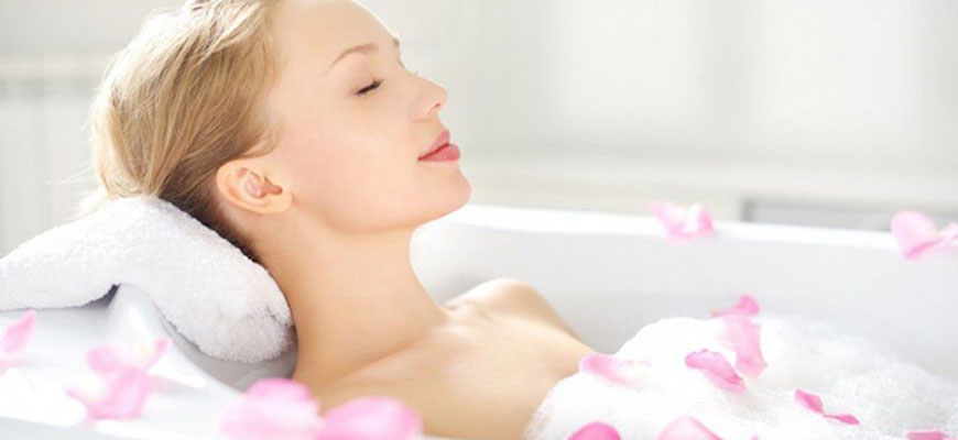12 cách làm đẹp trong lúc tắm nên có trong cẩm nang cầm tay
