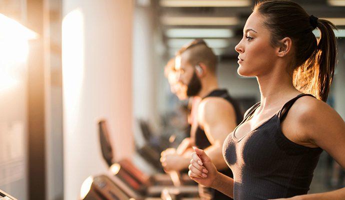 quy tắc chăm sóc làn da cho quý cô mê gym nên biết